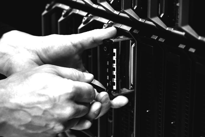 ALLERA: Wartung für HPE Proliant Server